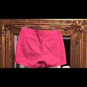 Woman's hot pink Nautica short pants